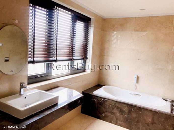 ID: 4386 - 4 stared hotel for sale in city of Vientiane