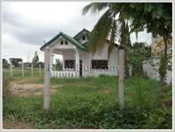 ID: 3253 - Pretty house is one storey house near main road for rent