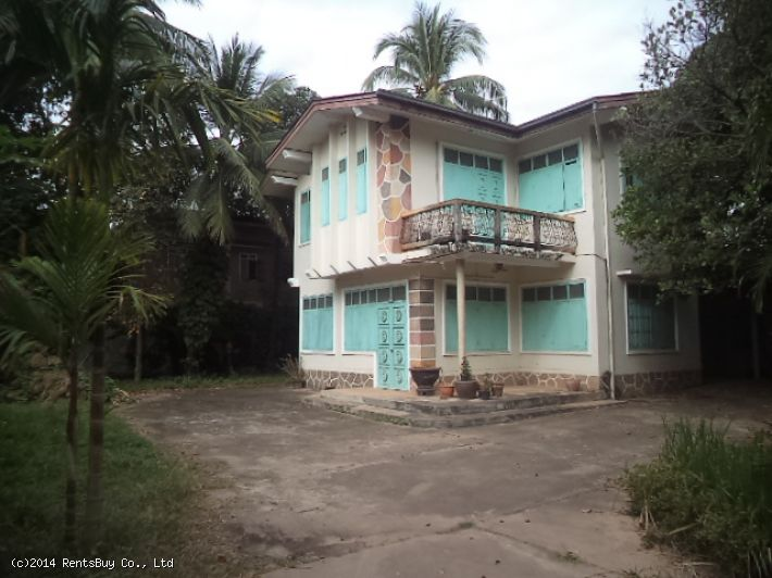 ID: 762 - Colonial house for rent by good access