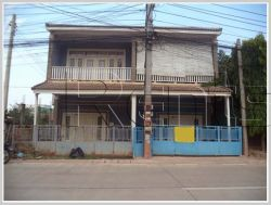 ID: 809 - Nice house next to concrete road for rent in Saysettha District.