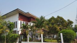 ID: 4090 - Modern house with nice garden and near National University of Laos for rent