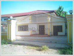 ID: 2978 - Nice villa near Law school for rent
