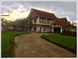 ID: 2513 - Lao style house in town by good access near Golf club