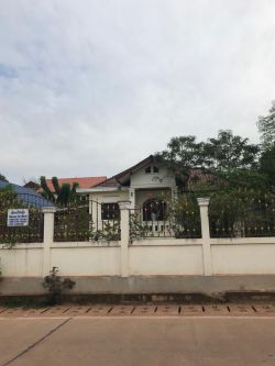 ID: 4410 -Modern house for rent near Mittaphab Hospital in Ban Phonesavang