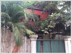 ID: 3827 - Lao style house with swimming pool near Mekong River for sale