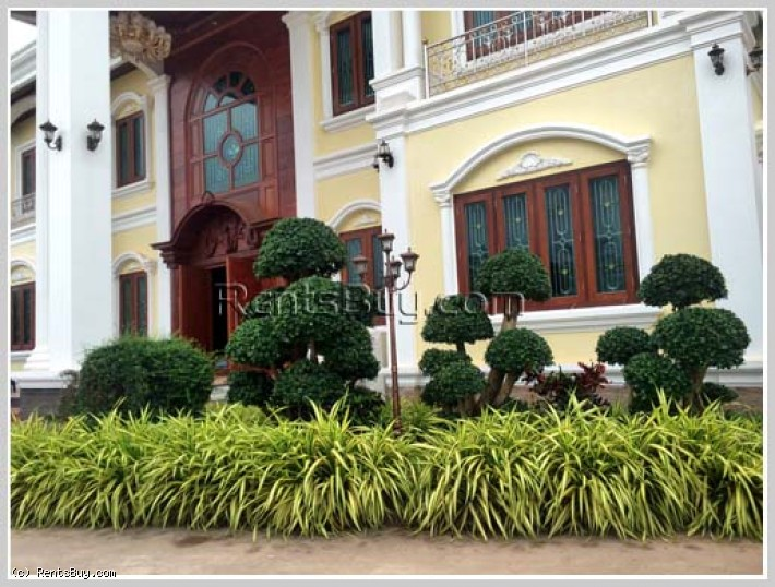 ID: 3480 - Luxury house for sale with fully furnished near Wattay International Airport