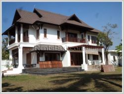 ID: 2385 - Beautiful house by pave road near Patuxay
