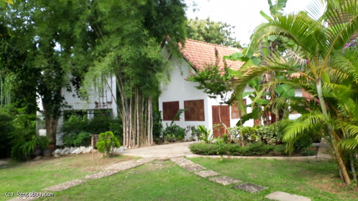 ID: 3738 - Becautiful Resort near Mekong River for sale in Luangprabang City