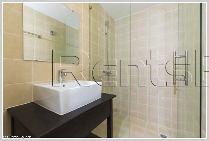 ID: 3804 - The Luxury Condo on top floor of Muangthan Hotel near Embassy of Thailand for rent