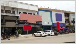 ID: 3351 - Shophouse near Patuxay for rent
