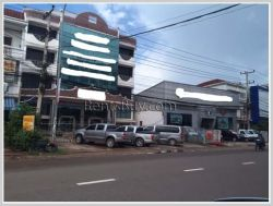 ID: 1339 - Big building near Crowne Plaza by main road for rent